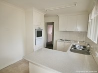 Picture of 14 Lonergan Place, Wagga Wagga