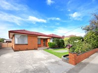 Picture of 176 Military Road, Avondale Heights