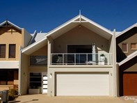 Picture of 4/2 Robertson Road, Ledge Point