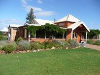 Picture of 8772 Bussell Highway, Cowaramup