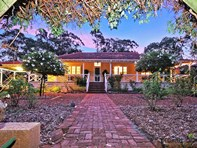 Picture of 28 Wheelwright Road, Lesmurdie