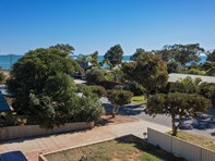 Picture of 19 Elphick Avenue, Bluff Point