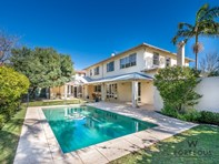 Picture of 2 Butler Way, Peppermint Grove