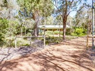 Picture of 97 Barbarich Drive, Gidgegannup
