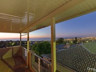 Picture of 3 Wookata Crescent, Seaview Downs