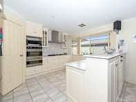 Picture of 6 Sunset Circuit, Walkley Heights