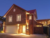 Picture of 6 Barrow Court, Mount Claremont