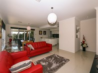 Picture of 14 Seabird Bend, Jindalee