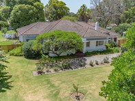 Picture of 74 Lowanna Way, Armadale