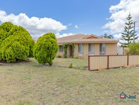 Picture of 1 Tall Karri Close, Camillo