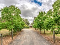 Picture of 27 Tiara Court, Darling Downs