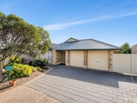 Picture of 3 Hertford Place, Noarlunga Downs