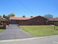 Picture of 10 Jindarra Close, Cooloongup