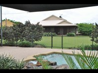 Picture of 10 Bridle Road, Marlow Lagoon