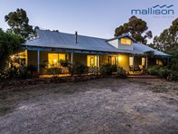 Picture of 47 Old Dairy Court, Oakford