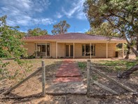 Picture of 61 Teakwood Close, Lake Clifton