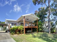 Picture of 21 Boulder Bay Rd, Fingal Bay