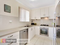 Picture of 2 Oldham Avenue, Modbury Heights