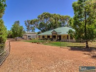 Picture of 17 Sawley Close, Golden Bay