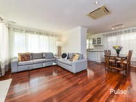Picture of 5 Hendon Place, Wilson