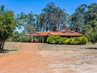 Picture of 140 Skinner Grove, Parkerville