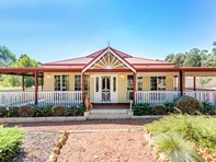 Picture of 44 Centenary Drive, Gidgegannup
