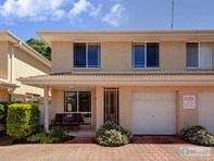 Picture of 5/2 Creswell Place, Fingal Bay