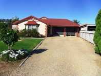 Picture of 7 Lovelock Close, Normanville