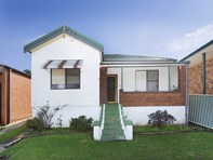 Picture of 33 Russell Street, Woonona