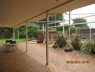 Picture of 8A Oyster Point Road, Banora Point