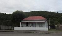 Picture of 90 Main Street, Zeehan
