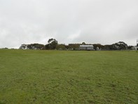 Picture of 3 / 175 Golf Course Road, Bordertown