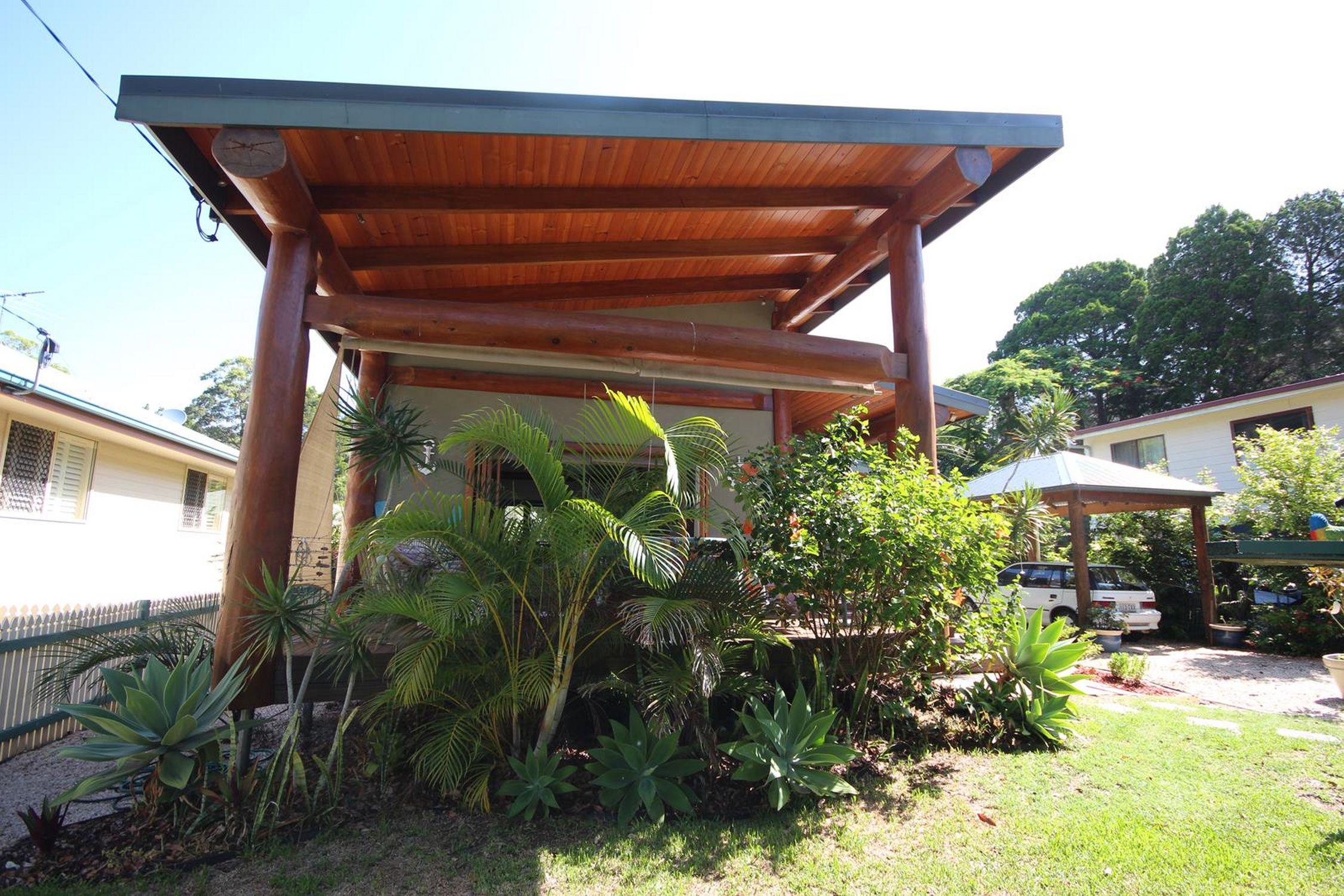 31 Shirley, Coochiemudlo Island