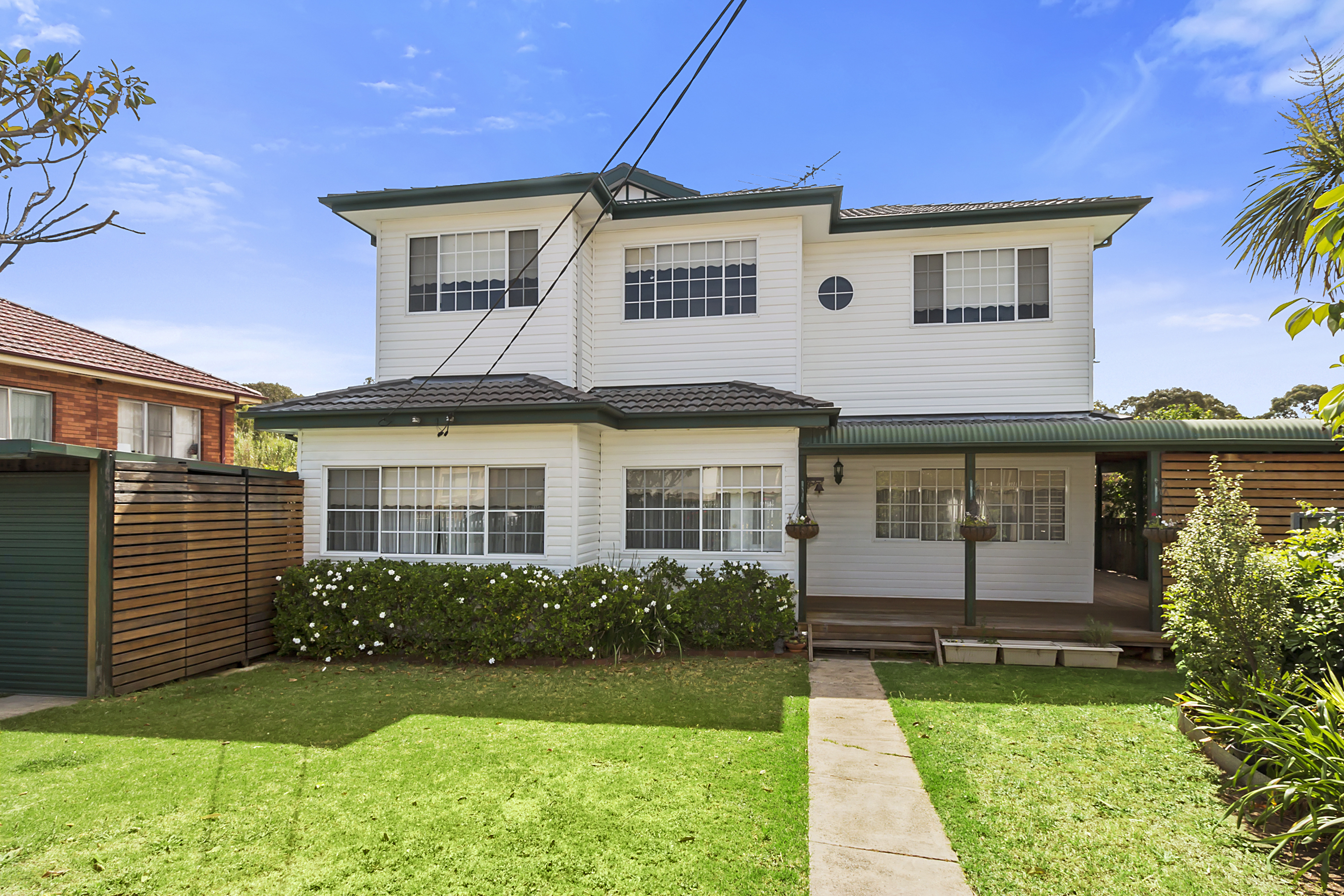 Liverpool nsw 2170 house for sale 2013225646 for Kitchens liverpool nsw