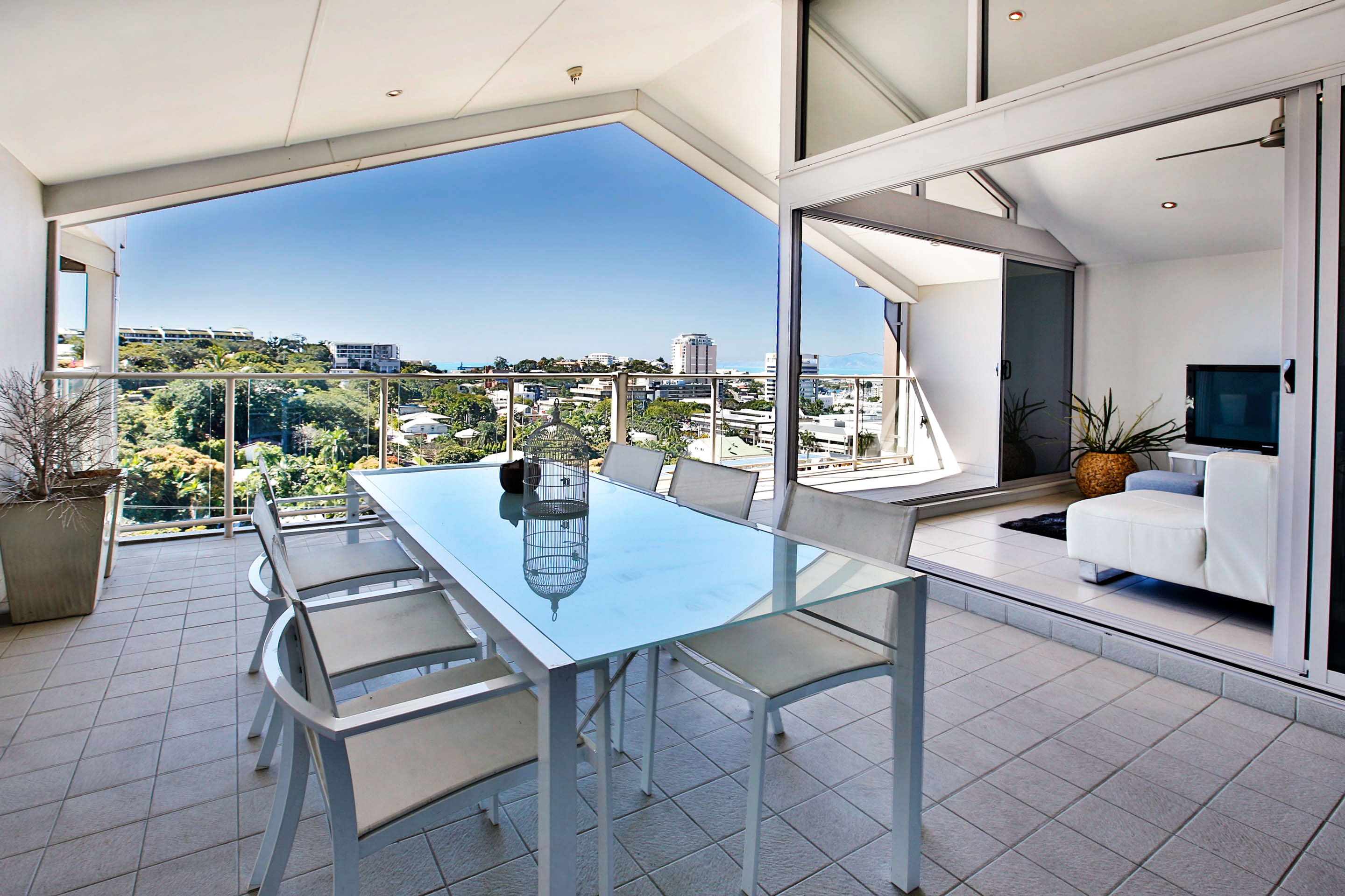 3 stanton terrace townsville city qld 4810 apartment for 1 stanton terrace townsville