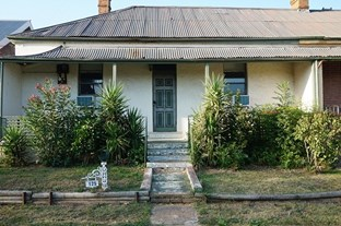 Picture of 125 Clinton Street, Goulburn