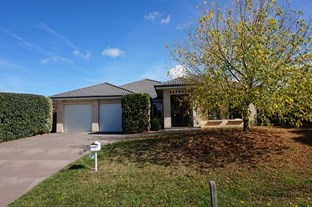 Picture of 10 Clancy Place, Goulburn