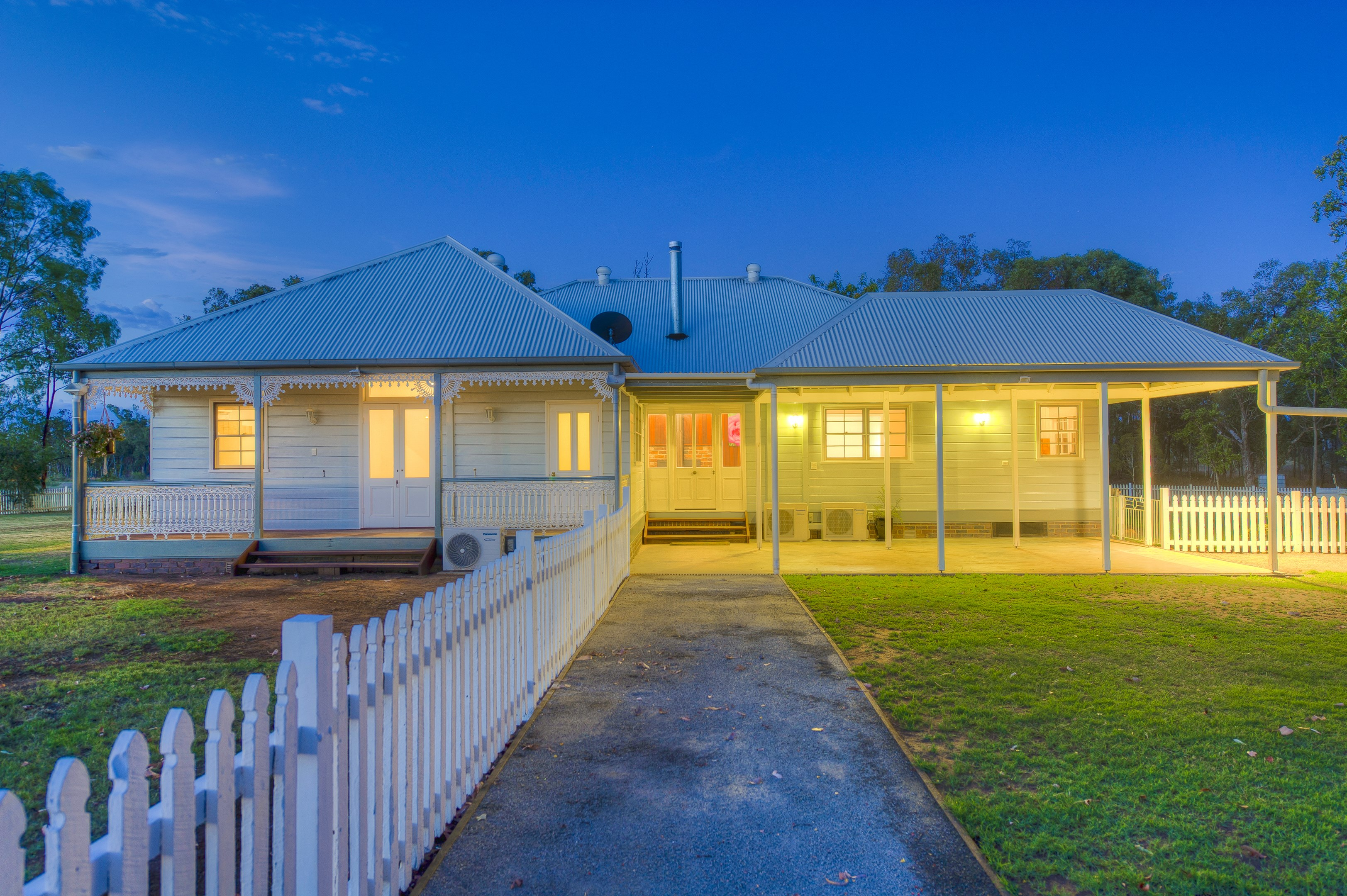 Windsor Cottage Miles Qld 4415 House For Sale