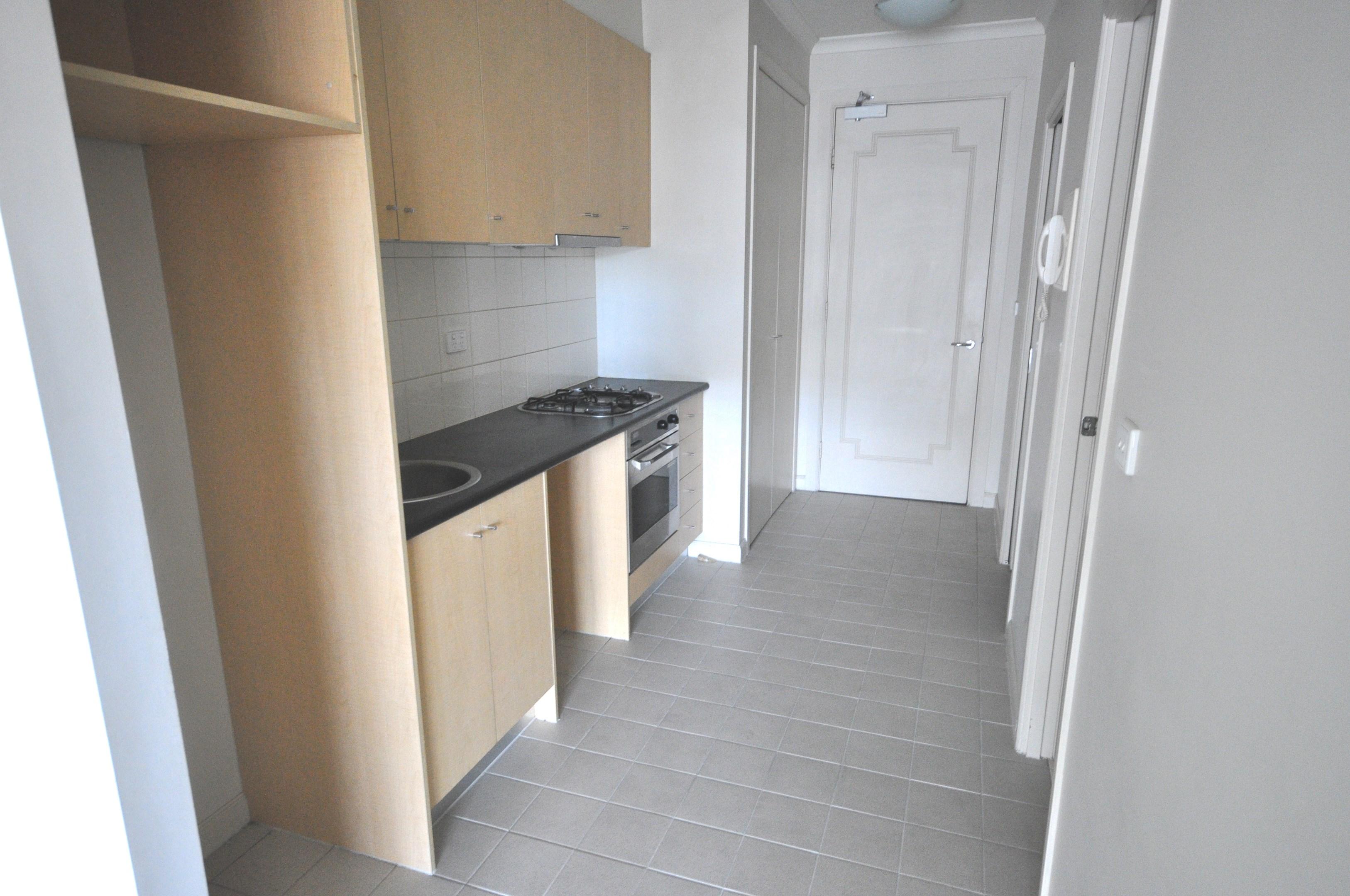 712547 Flinders Lane, Melbourne Vic 3000  Apartment For Rent