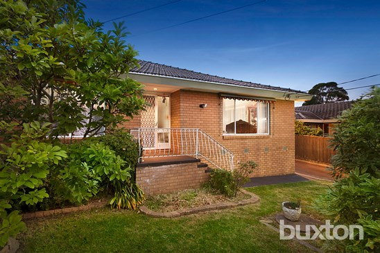6 Allendale Crescent, Wheelers Hill