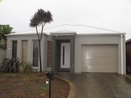 LEASED $385 p/w