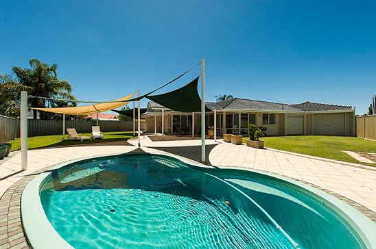 All Offers Over $650,000 Presented (under offer)