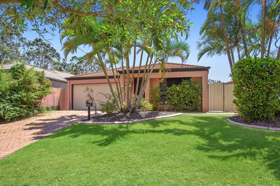 Offers above $479,000 (under offer)