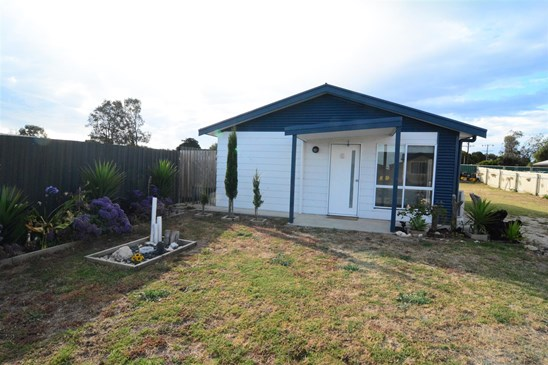 $189,000 Price Reduced!! (under offer)