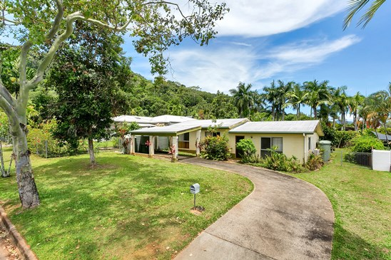 Buyers in the $400,000's (under offer)