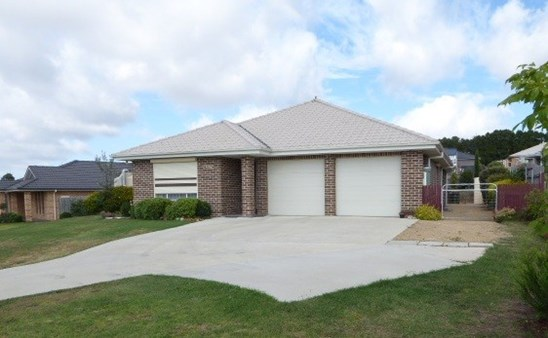Picture of 26 Barry Crescent, Goulburn