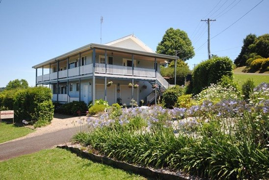 Motivated Vendors $440,000 Negotiable (under offer)