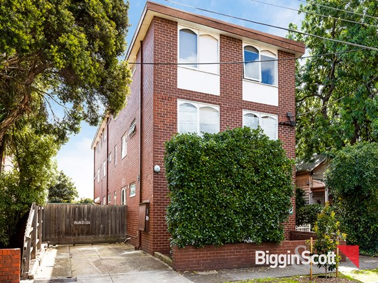 24 Davison Street, Richmond