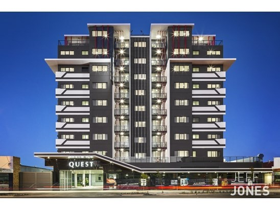 Studio & One Bedroom Apartments From $375 Per Week