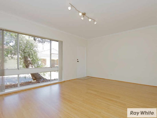 Offers Above $230,000 (under offer)